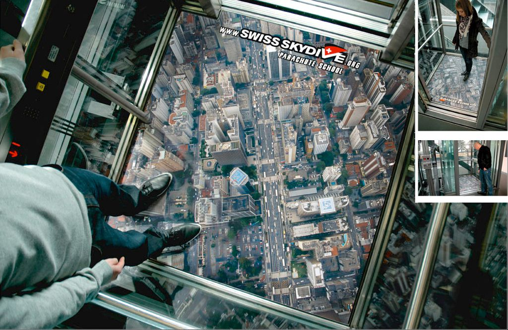 Swiss Skydive - Ambient Marketing Aufzug